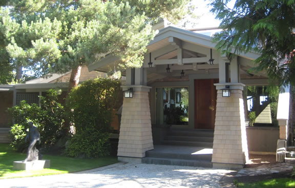 Home Renovation Contractor in Oak Bay BC